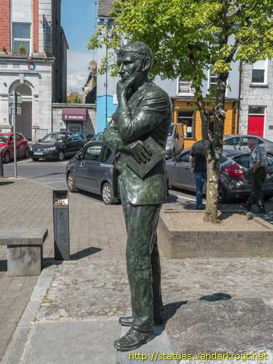 Hartnett bronze by Rory Breslin
