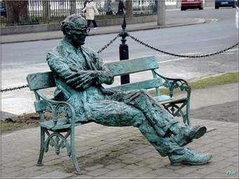 Patrick Kavanagh's bronze commemorative seat near Baggott Street Bridge in Dublin