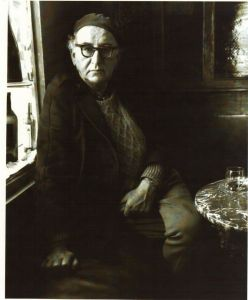 Patrick Kavanagh in O'Brien's Bar, Dublin. www.tcd.ie